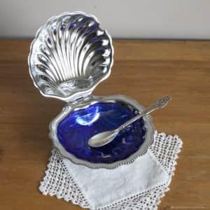 Икорница с серебряной ложечкой - для подачи черной икры