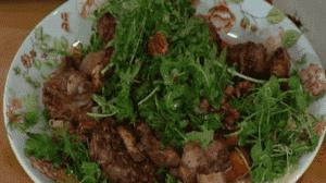 Салат из тыквы и куриной печени