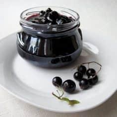 Варенье-пятиминутка из черной смородины - прекрасная заготовка на зиму