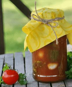 Огурцы в соусе томатном с луком на зиму