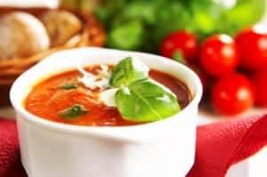 Томатный соус хорош на манты