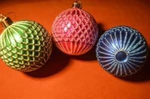 Новогодние игрушки из бисера: ёлочные шары
