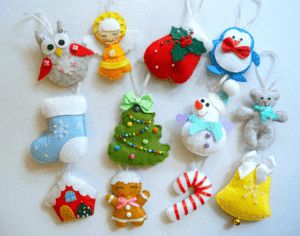 Ёлочные игрушки и поделки из фетра