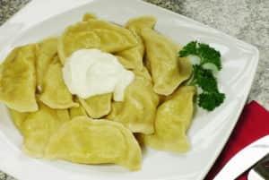 Вареники с картошкой - приготовить их можно быстро и вкусно
