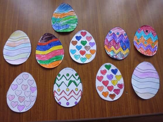 Поделки на Пасху из бумаги: яйцо