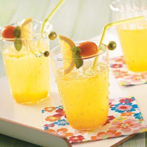 Классический лимонад из апельсинов готовится легко и быстро